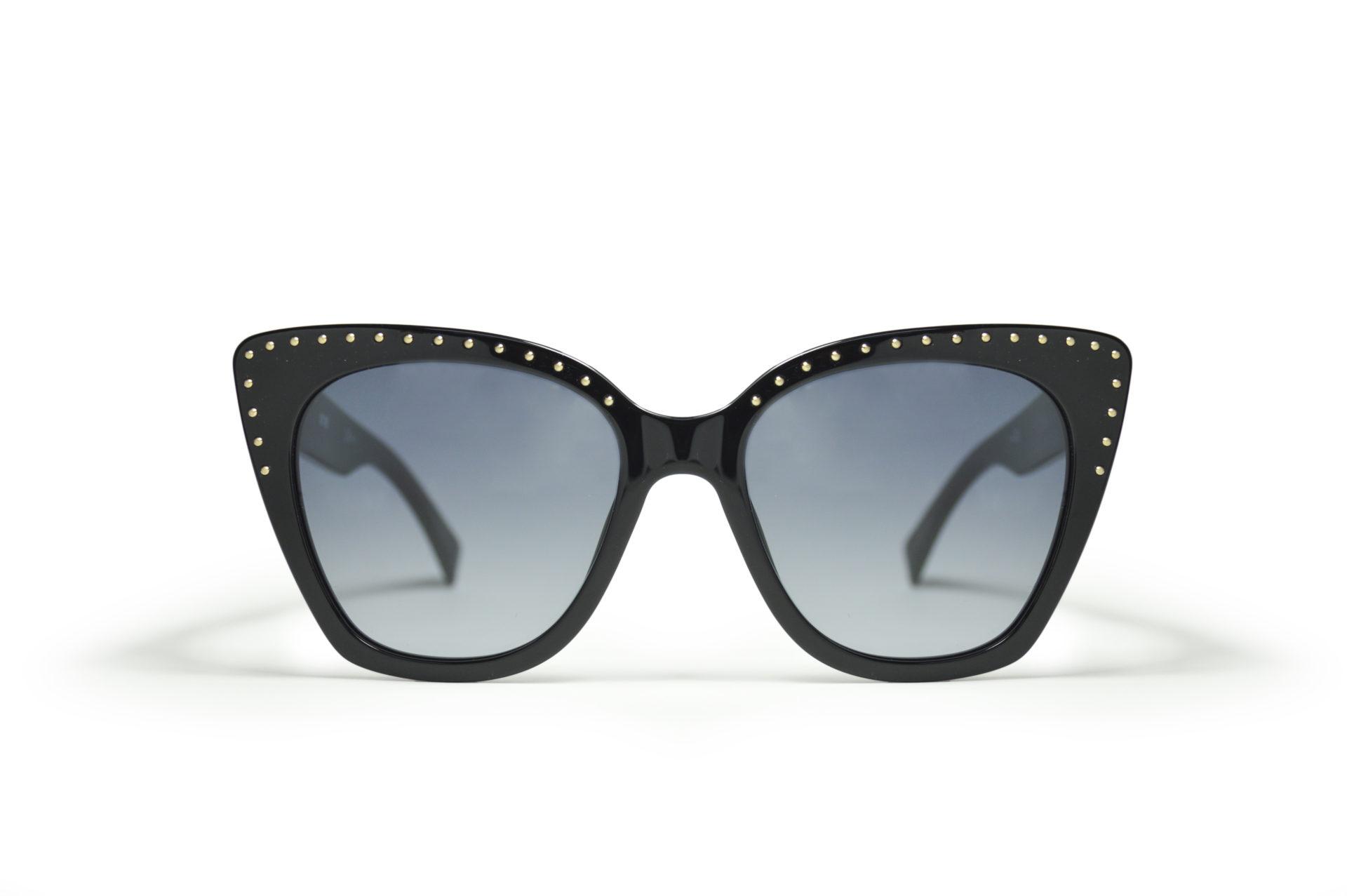 59b4bb1c1 Óculos de sol: por que as mulheres gostam tanto? | Taís Venancio
