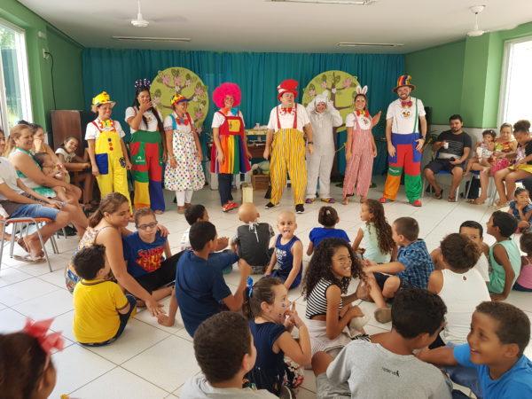 A magia da Páscoa encantou as crianças da Acacci